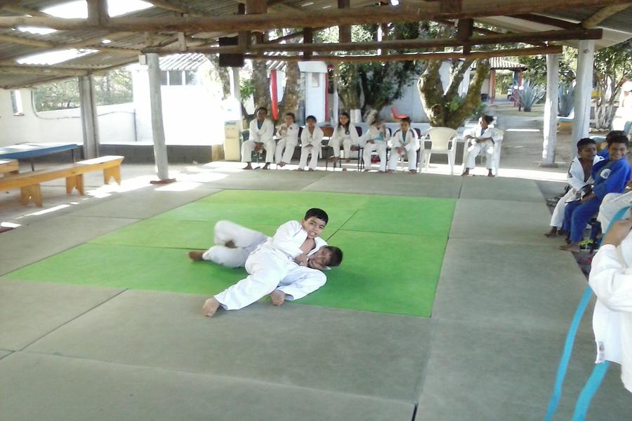 Crianças em treinamento