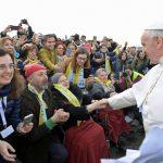 Uma multidão de 80 mil jovens acolheu o Papa no Estádio de São Siro