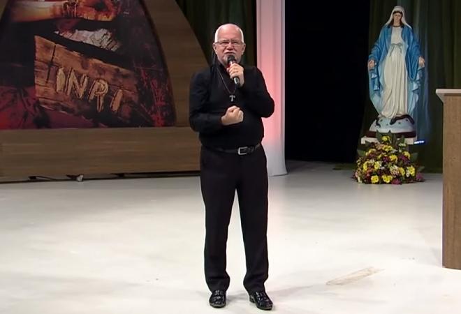 """Pregação: """"Nada pode nos apartar do amor que Deus nos testemunhou em Jesus Cristo"""" – Henrique Santos Filho"""