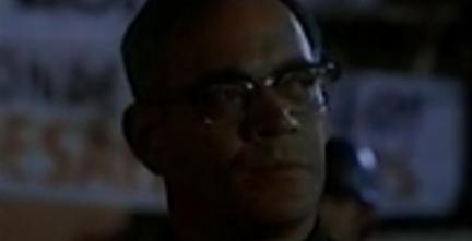 Filme Dom Oscar Romero (Bispo e mártir de El Salvador assassinado celebrando a Santa Missa)